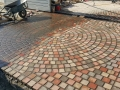 beautiful-circle-paving-driveway-and-walkways-tiles-images