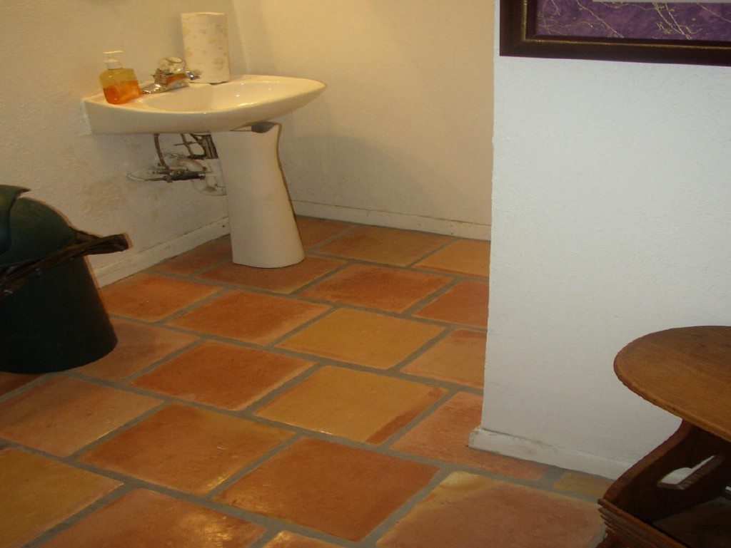 Bathroom tiles shop in karachi pakistan for Bathroom ideas karachi
