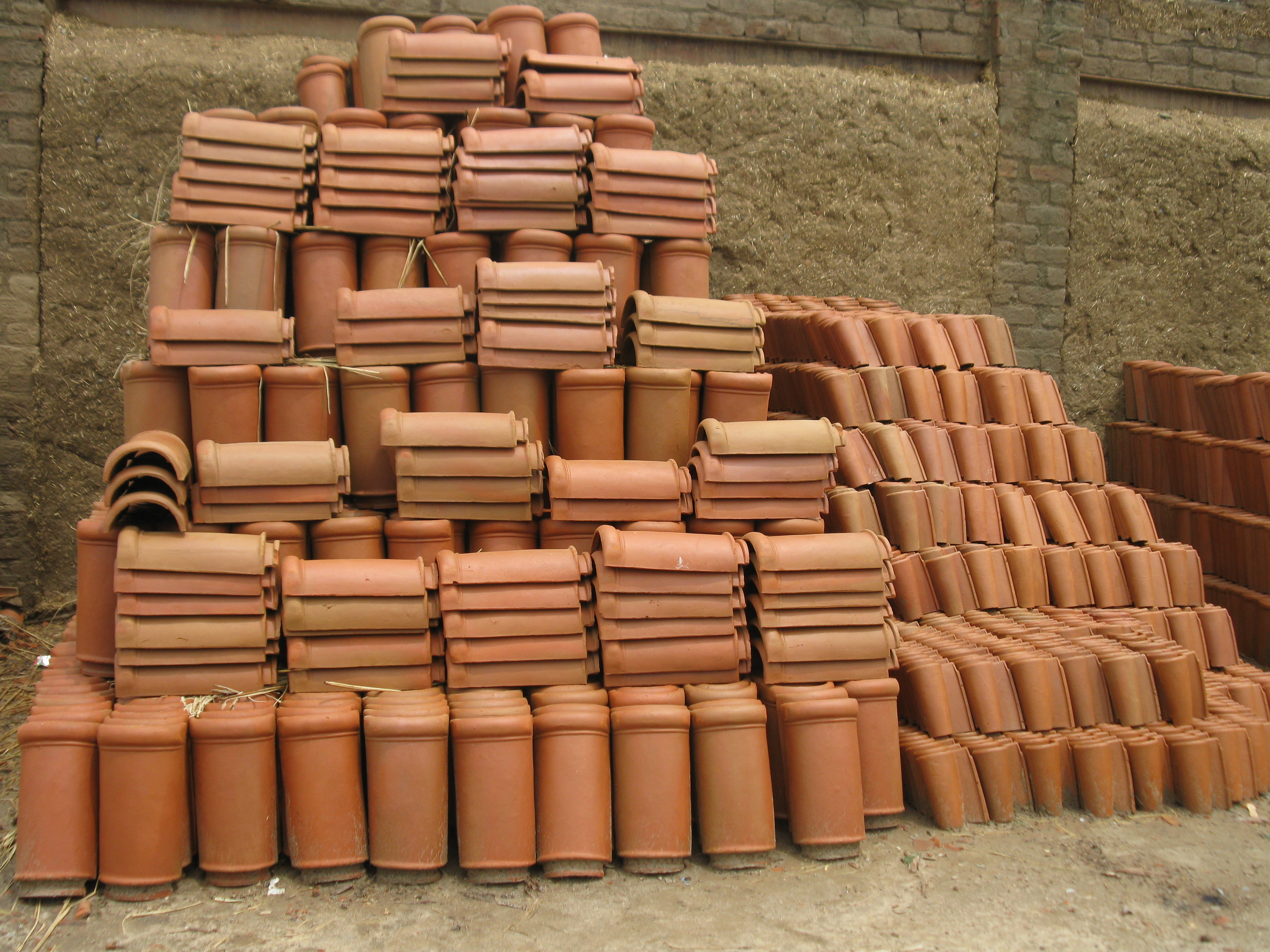 Antique terracotta brick tiles exterior wall design tiles for Buy clay roof tiles online
