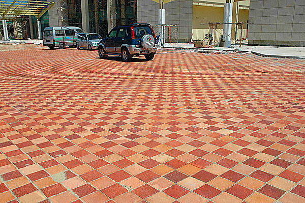 Home Exterior Porch Tiles Design in Karachi